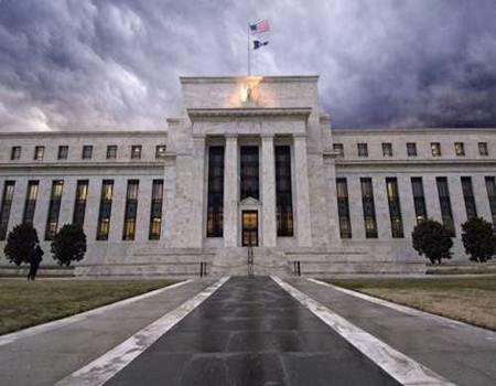 """美联储之夜三大风险亮剑 美元恐遭疯狂抛售、""""乌托邦""""之想难续?"""
