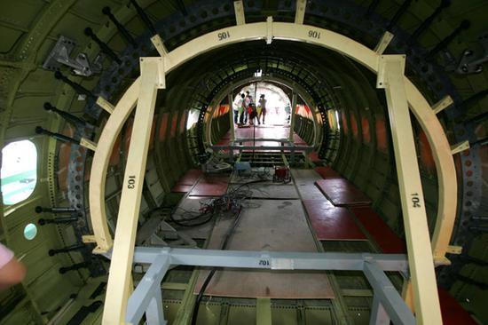 上海飞机制造厂,国产新arj21支线飞机机舱内部
