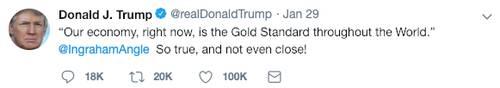 """特朗普将""""黄金标准""""的首字母大写,可能激起了那些相信稳健货币原则的人的兴趣。事实上,他过去提到过要归回金本位制。特朗普曾在一次新闻发布会上表示:""""重回金本位真的很困难,但是真的值得。"""""""