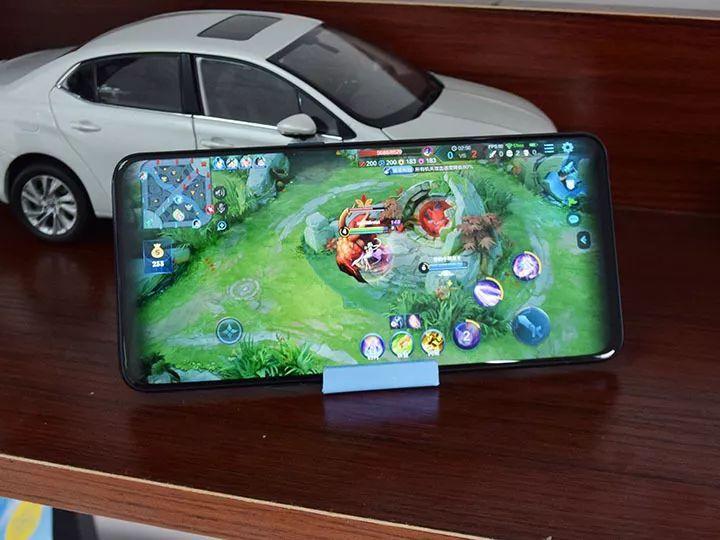 Reno手机顶级游戏体验 强悍性能沉浸体验