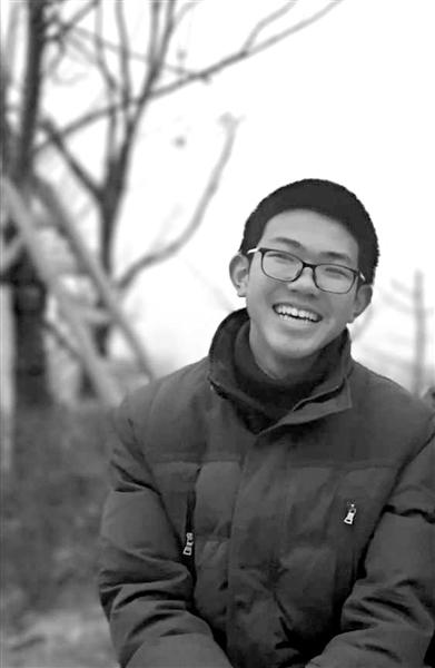 杭州初三學生自制一本復習教材還無償分享給了全年級同學