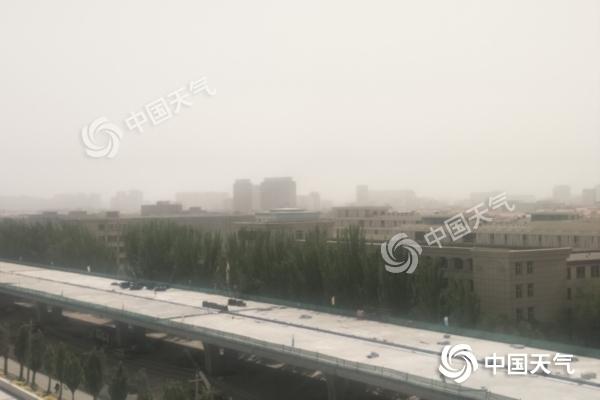 未来三天内蒙古大风沙尘继续 沙尘暴黄色预警生效中