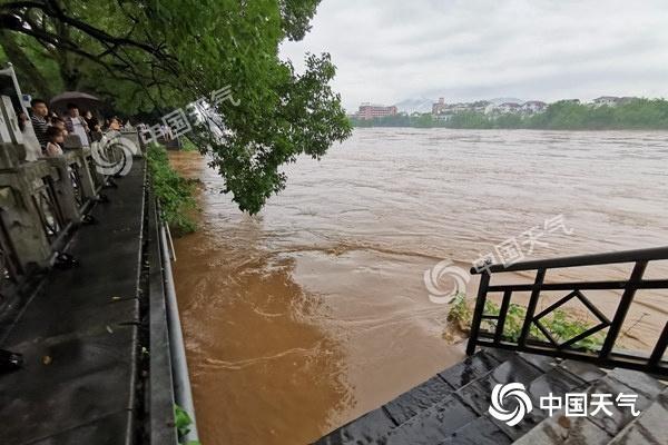 广西洪涝致12人死亡 今明天桂林等多地局部仍有大暴雨