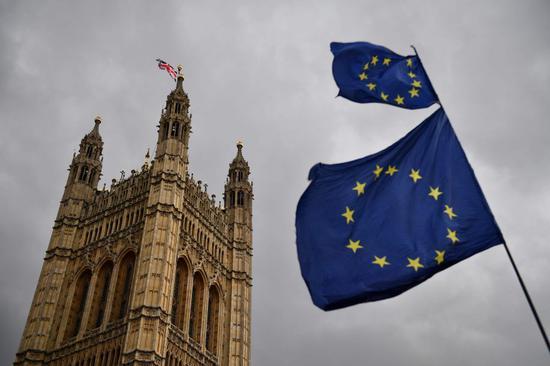 """冯德莱恩称可延长脱欧谈判 英议会下院反对""""硬脱欧"""""""