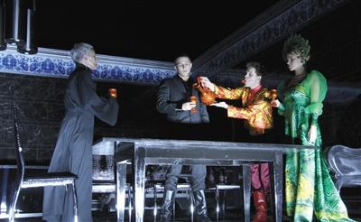 乌镇戏剧节:大师浪潮掀起先锋海啸