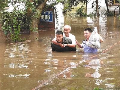 全国十余省份迎来大到暴雨