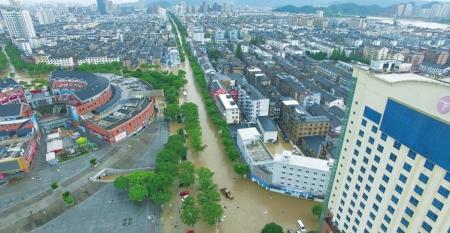 """风王""""利奇马""""登陆浙江温岭 永嘉堰塞湖决堤已致22人遇难"""