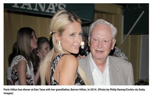 帕丽斯・希尔顿与祖父巴伦・希尔顿在2014年的合影(图片来源:福克斯新闻报道截图)