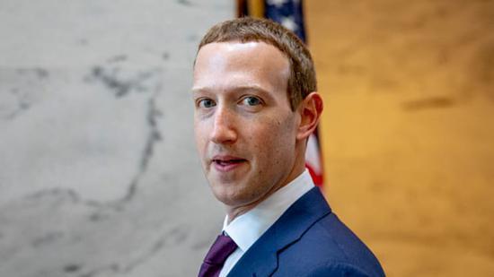 新浪美股 10月1日消息,Facebook首席执行官马克-扎克伯格在长达两个小时的内部会议录音中谈到了公司面临的挑战,该录音部分内容被美国网站周二公布了出来。