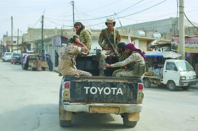 叙利亚库尔德武装撤离边境重镇