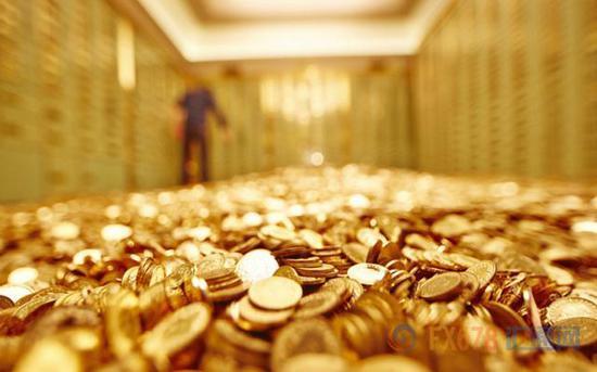 金价2019年累计涨幅近19%,将创下2010年以来最佳年度表现,主要受益于全球两最大经济体之间的关税冲突和全球主要央行推行宽松货币政策。