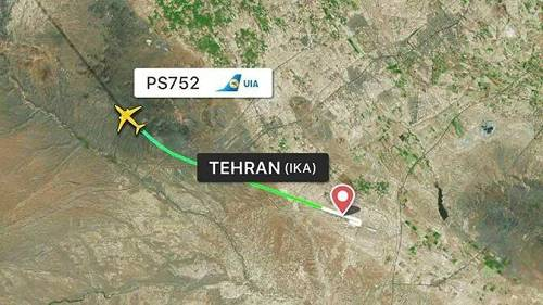 实拍!波音客机伊朗坠毁无人生还:现场残骸遍地