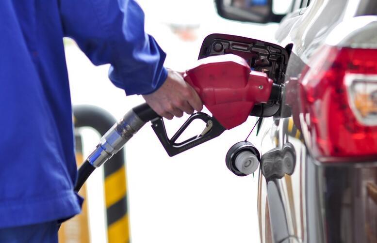 未受中东地缘局势影响!开年首次油价调整搁浅