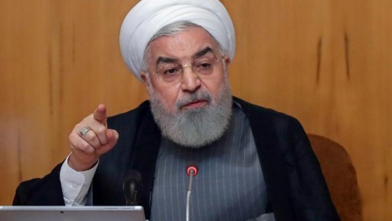 特朗普称愿协助伊朗抗疫 鲁哈尼:先取消药物制裁