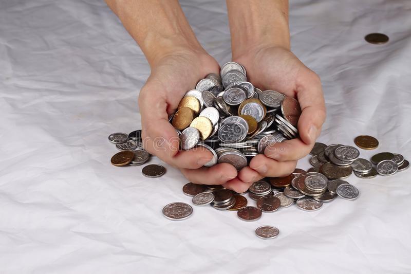 德勤:今年香港新股的融资金额可超过4000亿港元