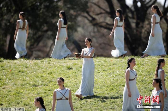 东京奥运推迟火炬传递 圣火多舛之旅暂告段落