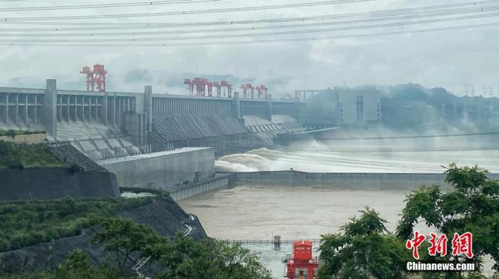 长江2020年第1号洪水在上游形成 下游江苏严阵以待