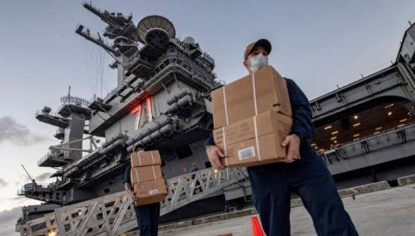 """美海军""""罗斯福""""号航母迎来今年内第三名舰长"""
