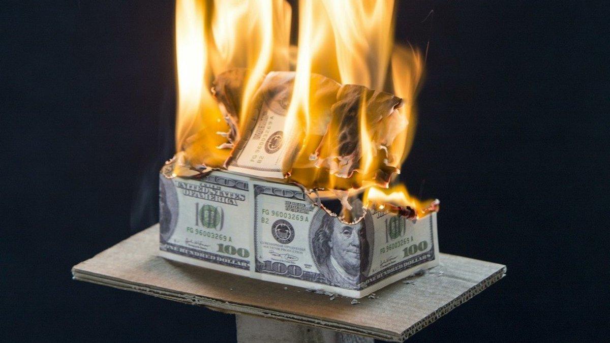 美元跌势远未到终点?路透调查预计下滑势头将持续至明年