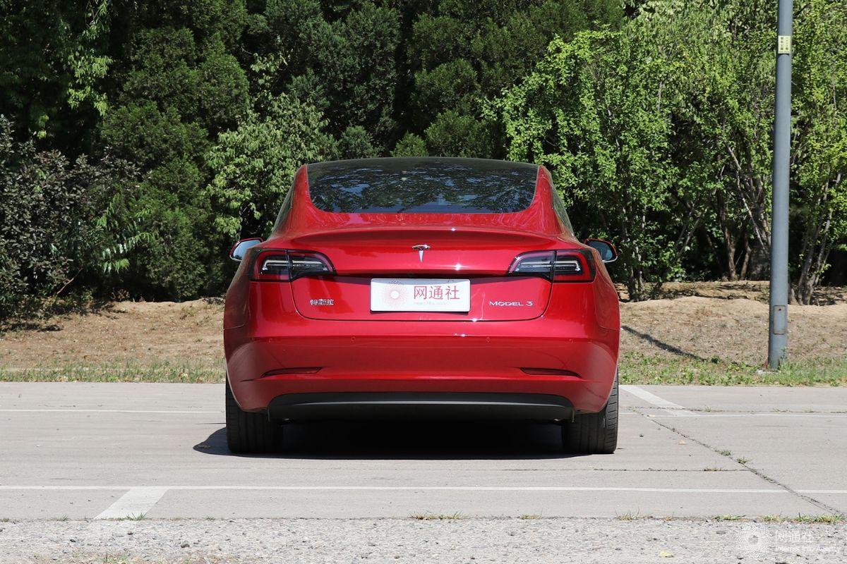 Model 3起售价不变 特斯拉官方辟谣网传降价