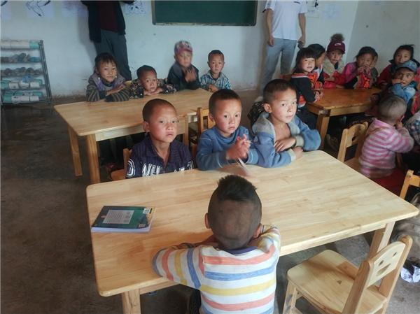 """助力青海玉树教育脱贫 新东方在线全力支援乡村孩子""""上好学"""""""