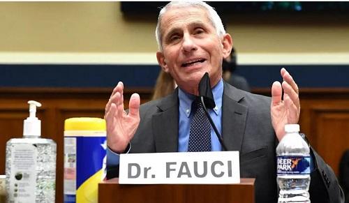 法媒:美国顶级传染病专家福奇喊民众都去接种新冠疫苗 明年才可能群体免疫