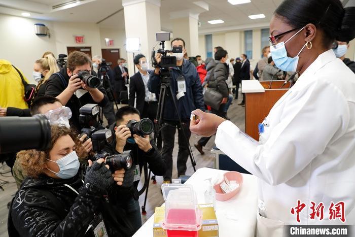 美FDA顾问小组投票支持批准第二款新冠疫苗