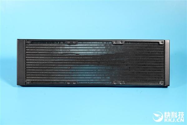 usdt充值接口(caibao.it):首次杀入CPU水冷 芝奇ENKI 360水冷散热器图赏 第3张