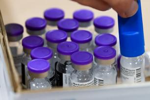 北美观察丨假日疫情+变异病毒:美国防疫面临双重考验