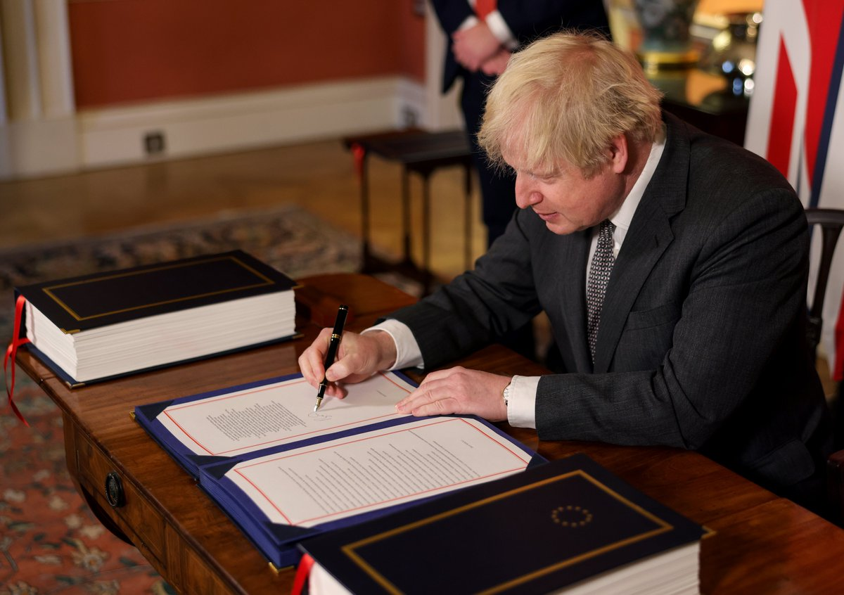 """电银付激活码(dianyinzhifu.com):英国议会批准脱欧商业协议!新年钟声敲响后英欧将正式""""分手""""…… 第1张"""