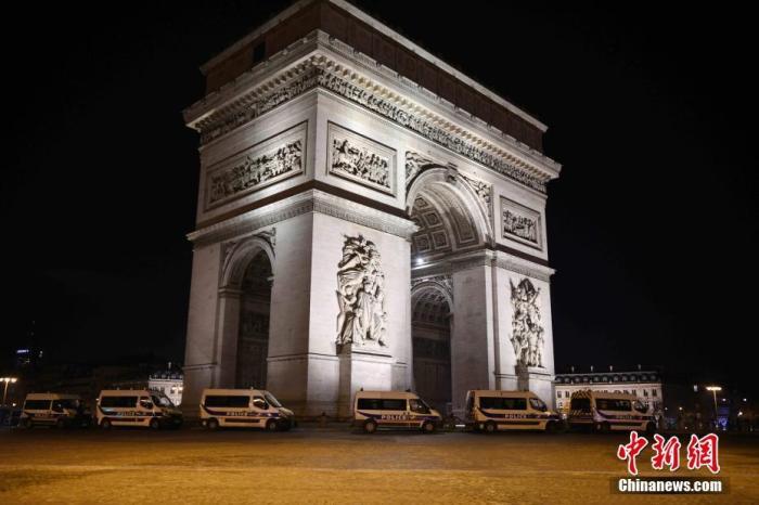 """变异病毒持续扩散 法国会进入第三次""""封城""""吗?"""