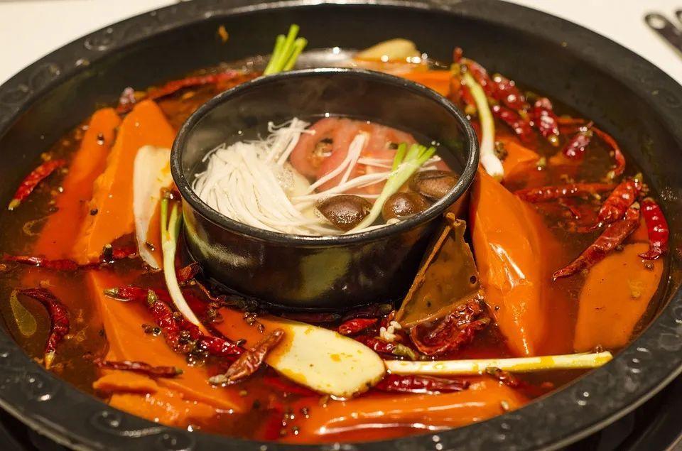 北漂那年,我吃自助吃到吐、厕所接水煮火锅