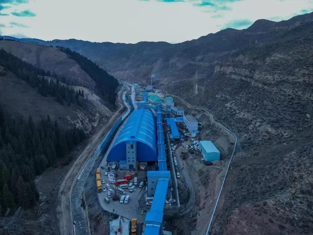 新疆一煤矿发生透水事故,21人被困!最新进展