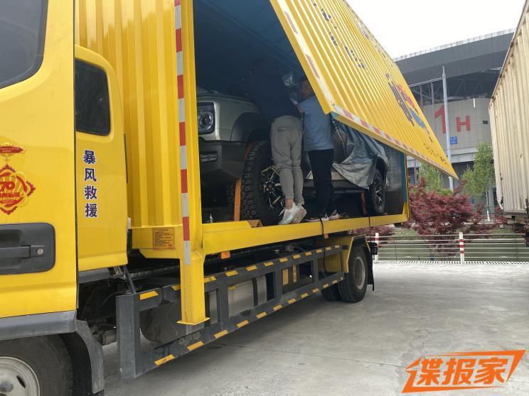 2021上海车展探馆:疑似坦克800实车