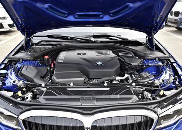 奥迪A4L降8.33万 豪华中型车降价排行