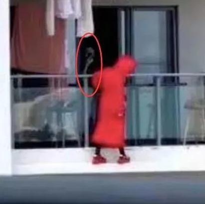 红衣女子三亚坠亡一层楼人都搬走后续!坠亡女子遗书全文内容公开 女子三亚跳舞坠亡原因视频曝光有何疑点?