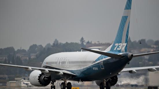 传美联航洽购100架波音737MAX飞机,押注航空旅行复苏!波音空客迫切需要大订单