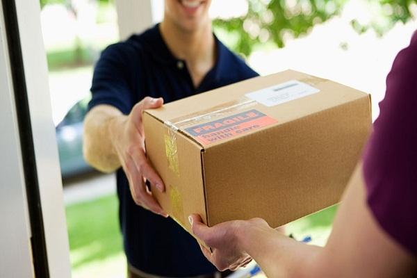 快递不送货上门已是行业潜规则!用户吐槽已久