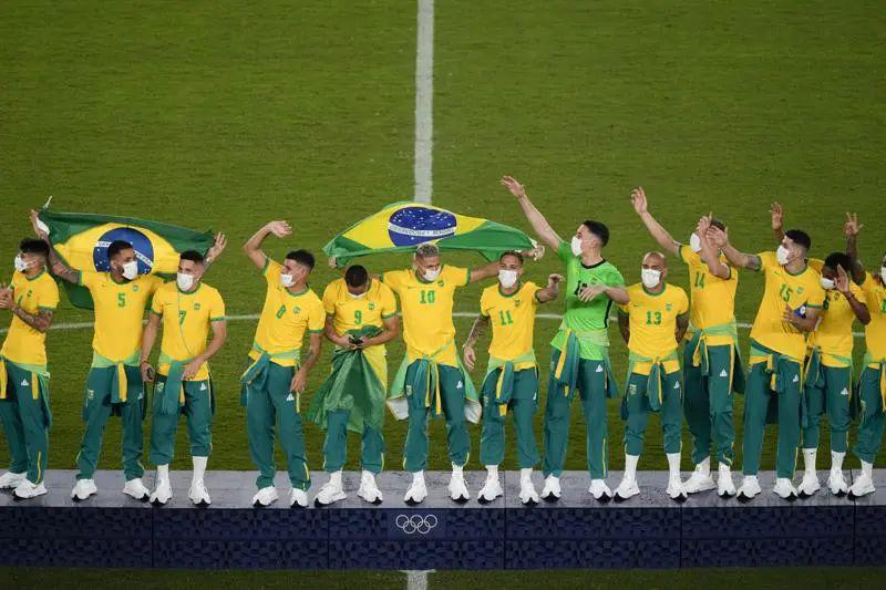 豪横的巴西足球队凭什么看不起中国品牌?