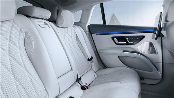 奔驰顶级电动车EQS价格曝光 103,360美元起售